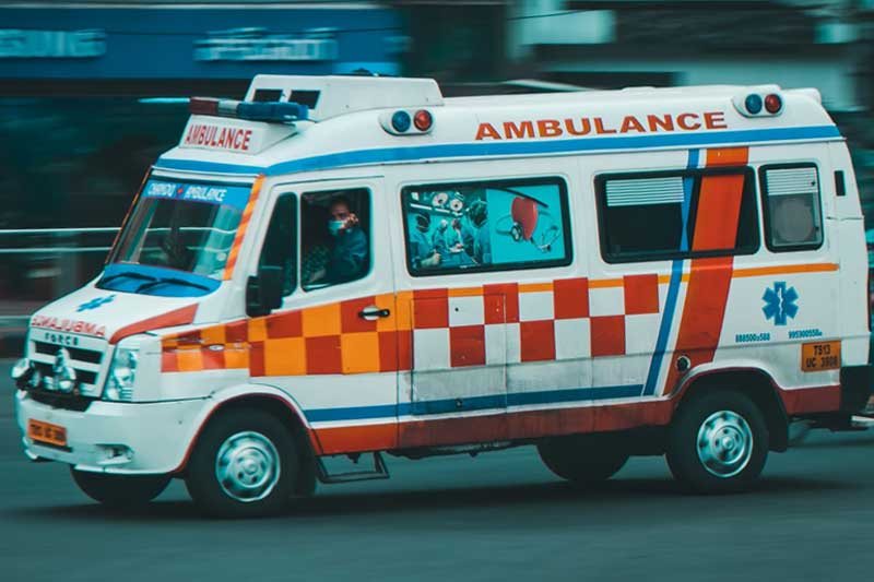 Kerala: COVID patient dies after ambulance meets with accident