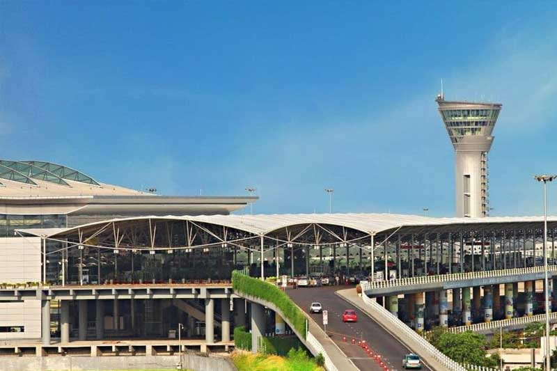 Scindia asks KCR to re-examine extending Hyd Airport concession agreement