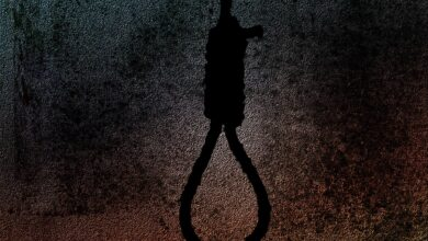 UP woman constable found hanging in her house