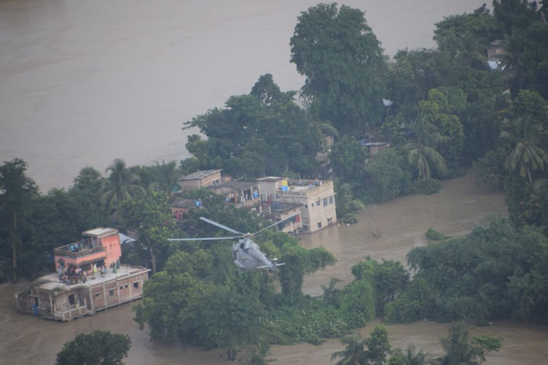 Bengal flood situation worsens, army called in 6 districts