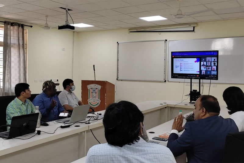 CSIT, MANUU Conducts Pre-Placement Counselling